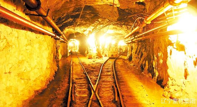 轻轨应用于各大矿山作为小型矿车轨道